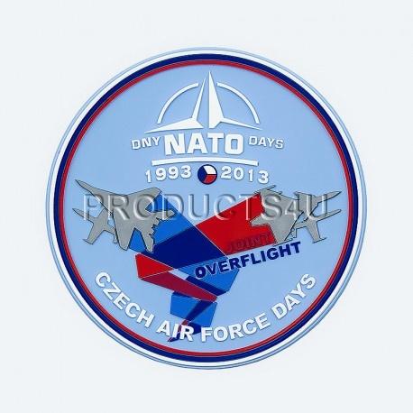 Nášivka NATO DAYS 2013, barevná plastová